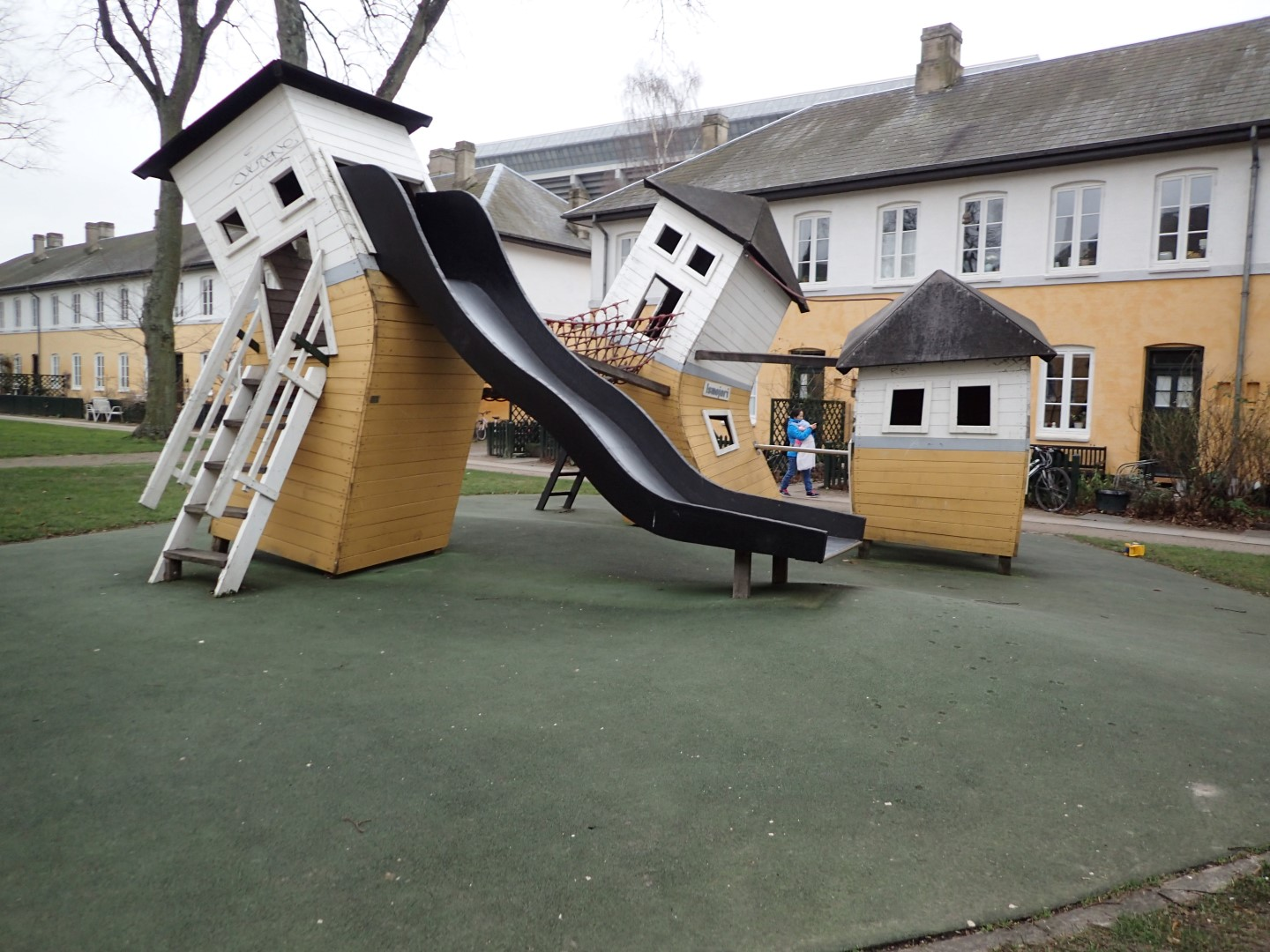 Playground in Brumleby